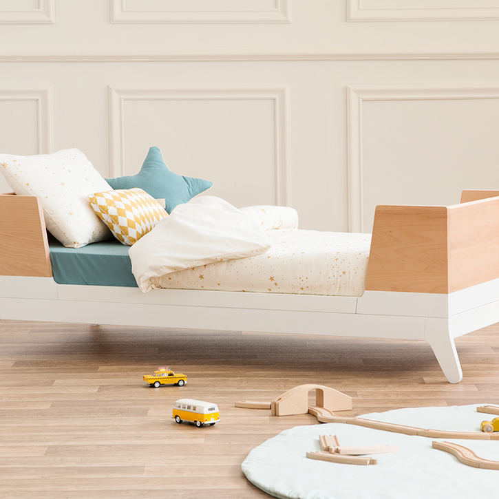 Toddler bed in Moonlight White and Birch by Nobodinoz